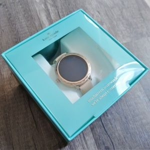KateSpade Scallop Vachetta Leather Smartwatch NWOT